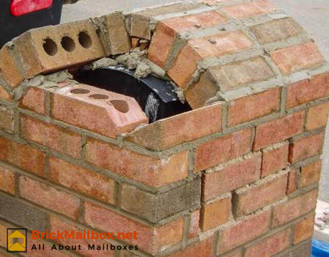 How To Build Brick Mailbox In Pictures Brickmailbox Net