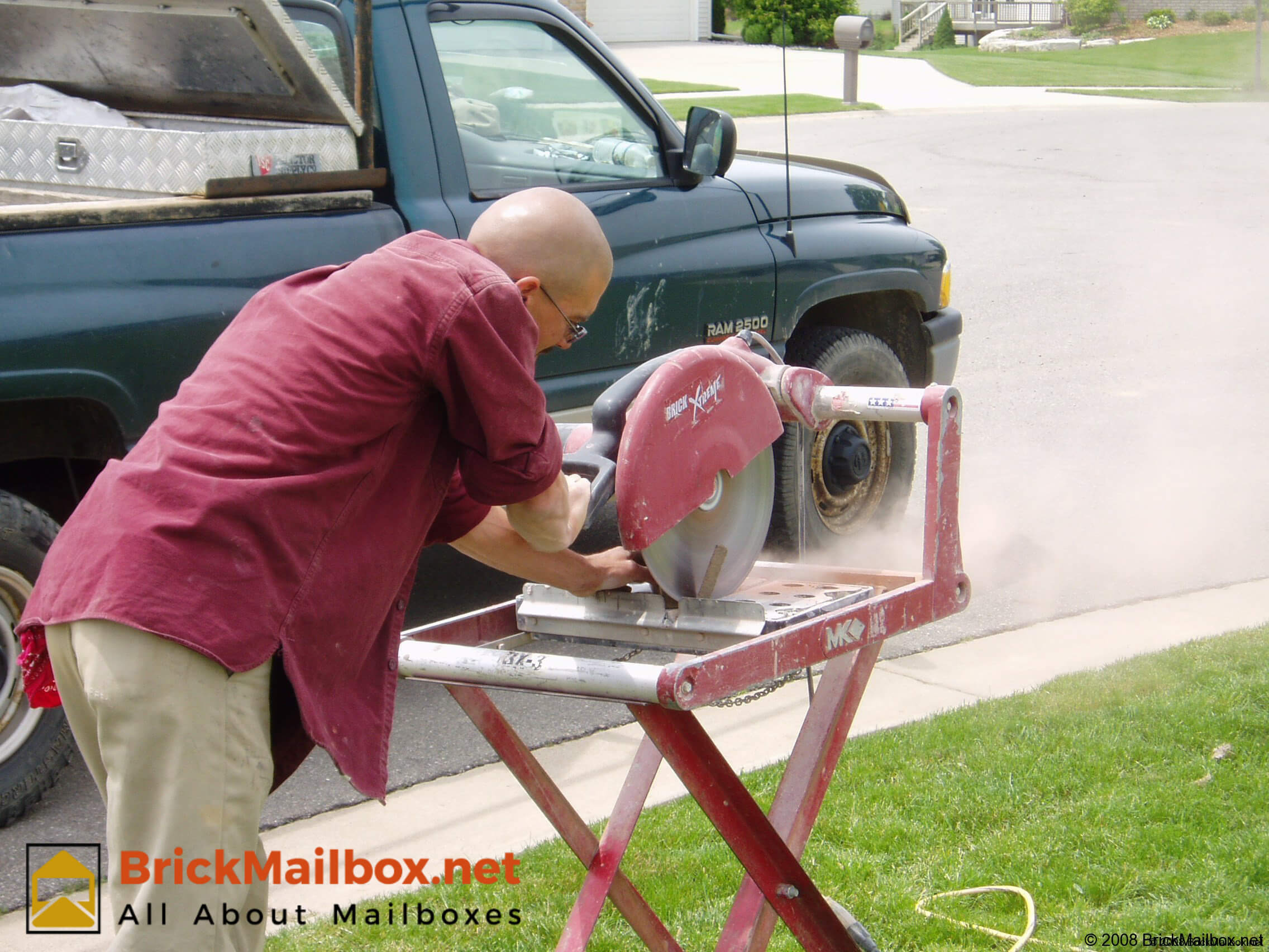 Here is where a rented masonry saw becomes really handy and effective.